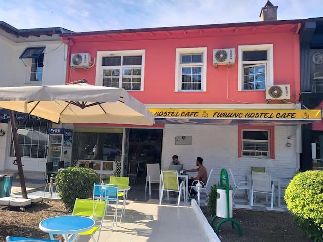 Turunchostelcafe