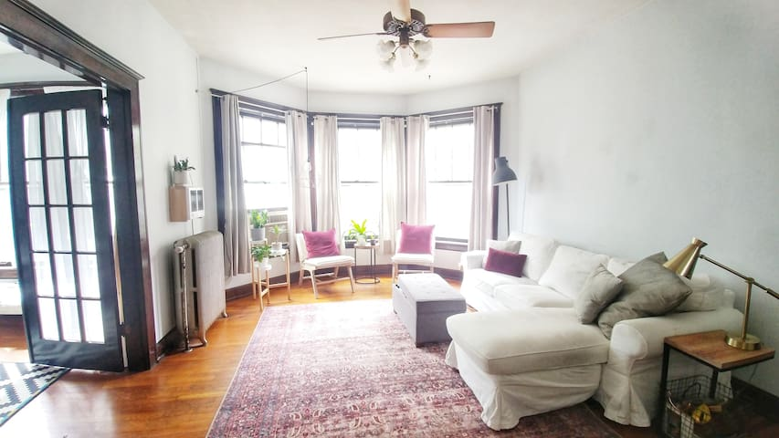 Charming Historic Apartment in Old Louisville