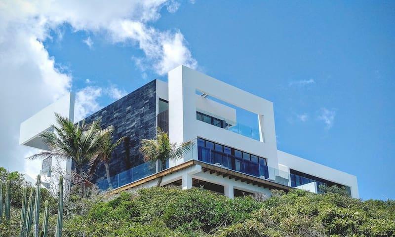 Villa Stark -  Introductory Rates - Providenciales - Villa