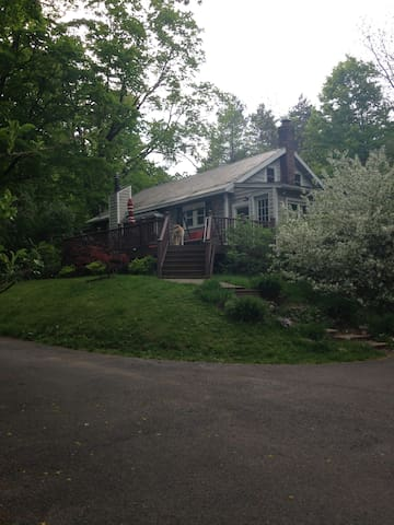 Track Rental, Quiet, small house on 3 acres