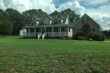 Clemson Home Game Quiet Country Getaway - Pendleton - House