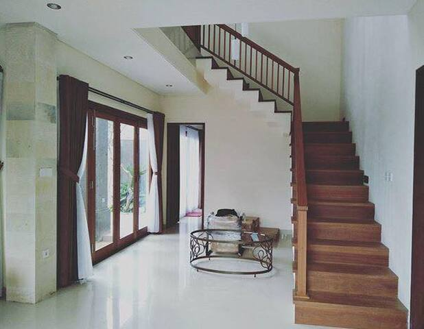 3 BR Ubud/Sanur, Ricefield and Ocean view!
