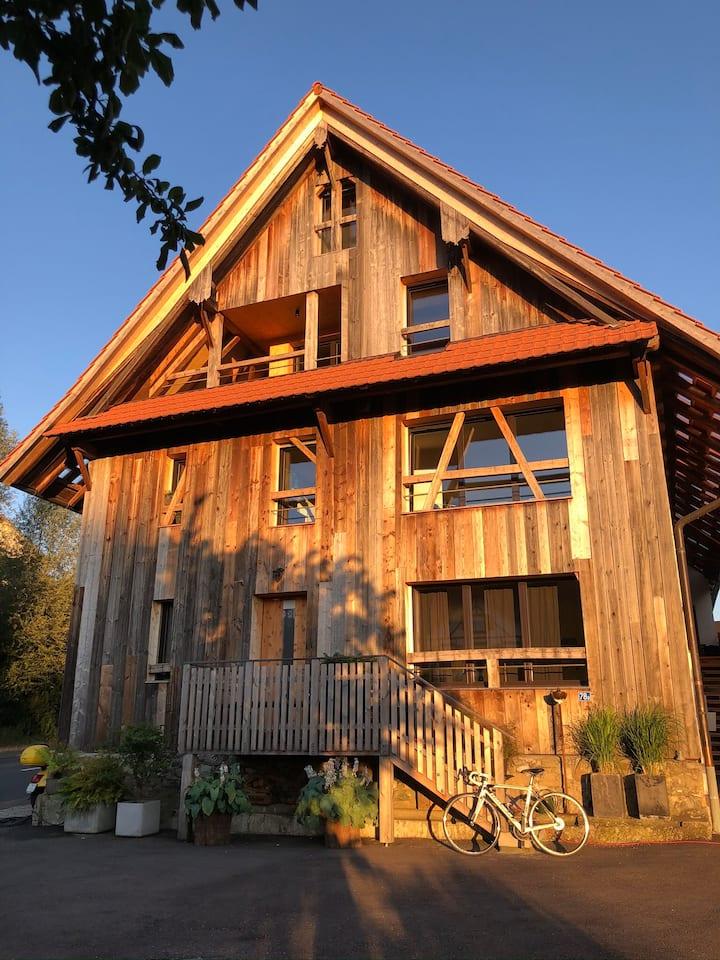 Liebevoll renoviertes Haus im Grünen mit Charme