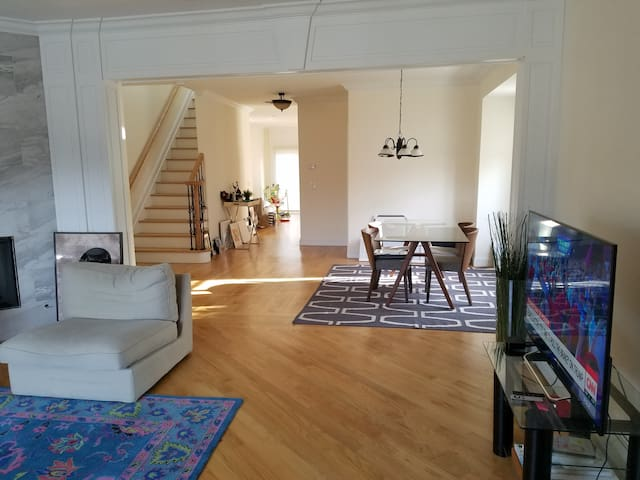 Stunning townhouse 5 minutes to NYC - 帕利塞茲公園(Palisades Park)