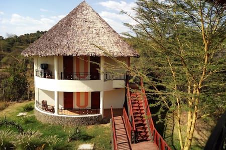 Your Room in a Boutique and Rustic Eco-lodge - Gilgil - Alojamento ecológico