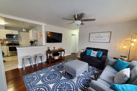 Just renovated Buckroe 3 Bed!  Walk to the beach!