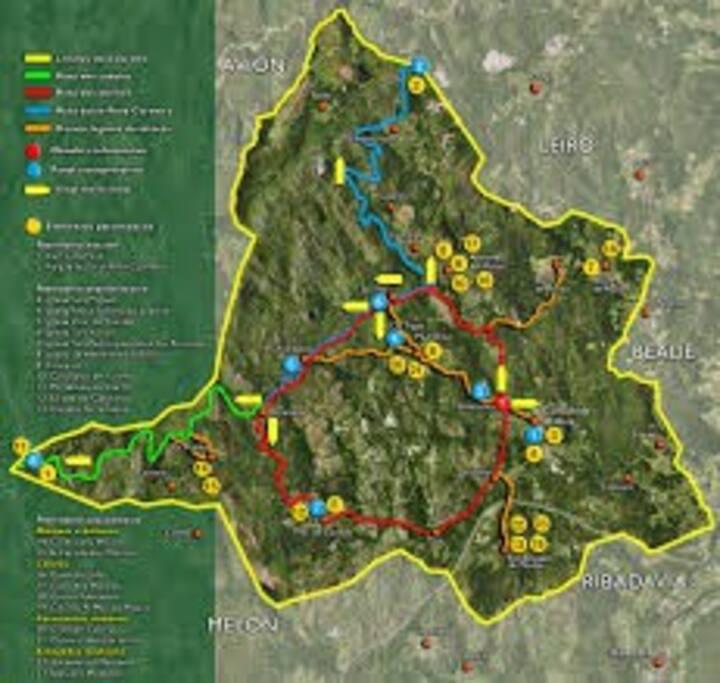 Mapa de las rutas y senderos naturales que se pueden hacer en la ubicacion de la casa