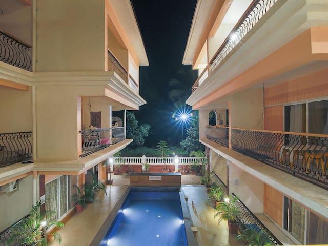Lightening Deal! Artsy 2BHK Apartment in Siolim Goa