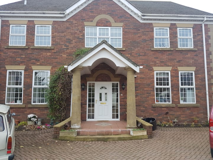 Lovely spacious house near stunning Durham Coast