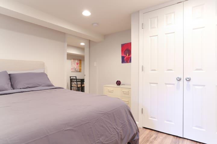 Beautiful 2 bedroom Basement Apt - Washington - Apartemen