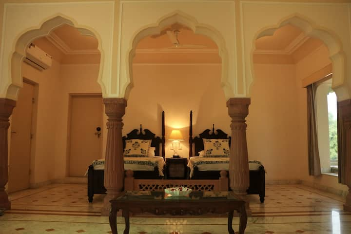 Relaxable nature Stay in Abhaneri