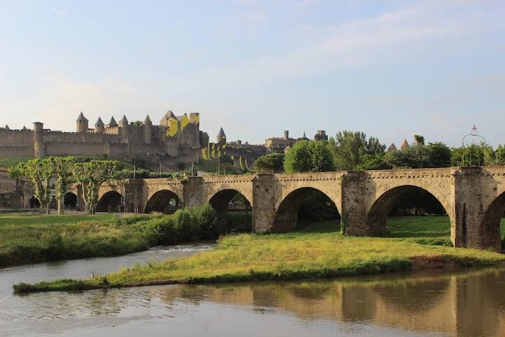 Vacances Reposantes à Carcassonne! Chambre Abordable pour 2 | Wi-Fi Gratuit + Linge de Lit Inclus