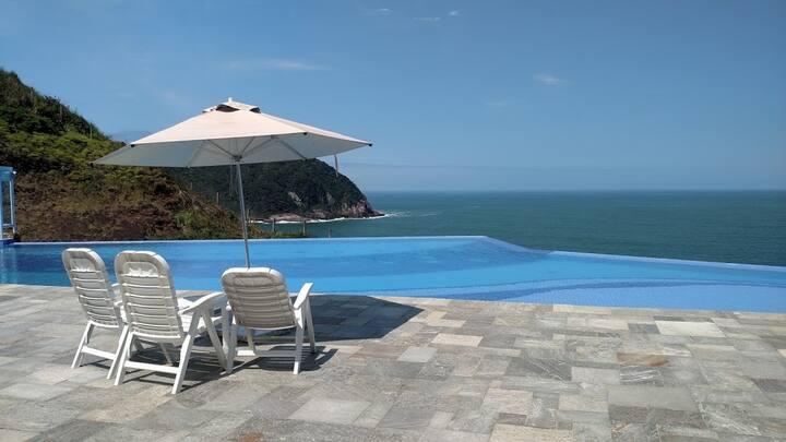 Apartamento com vista maravilhosa para o mar