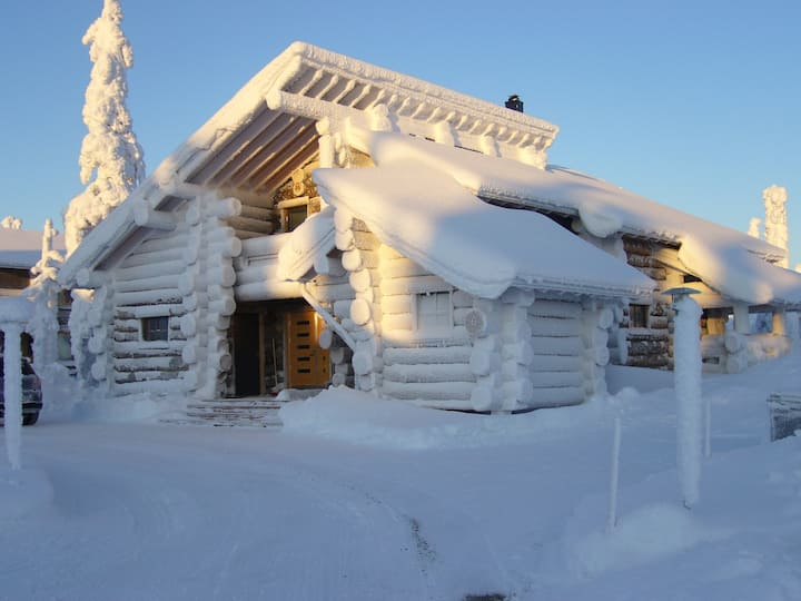 Kaltionkuusi Chalet in the heart of Lapland