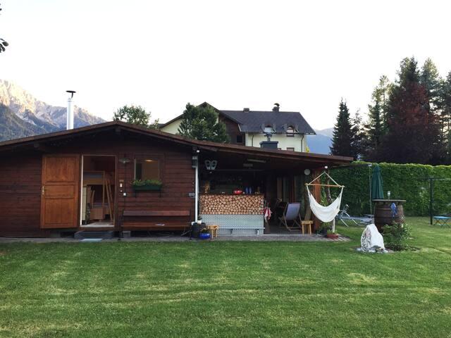 Herzl's Gästehaus im Grünen mit Campingfeeling
