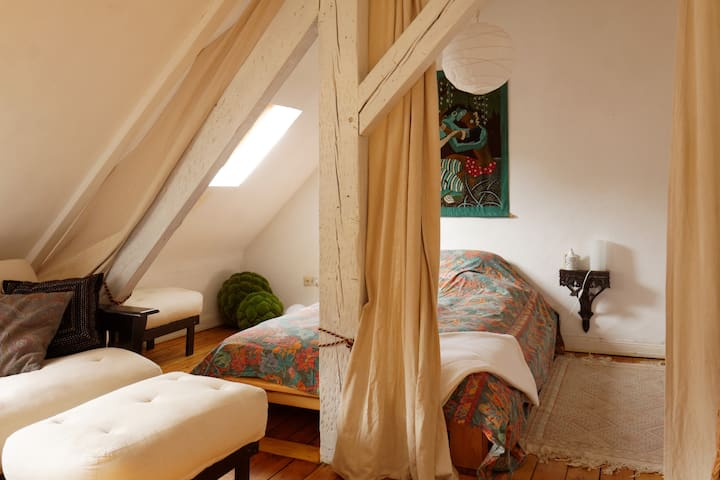 Dreamlike guest-room with atmospher in Saarbrücken