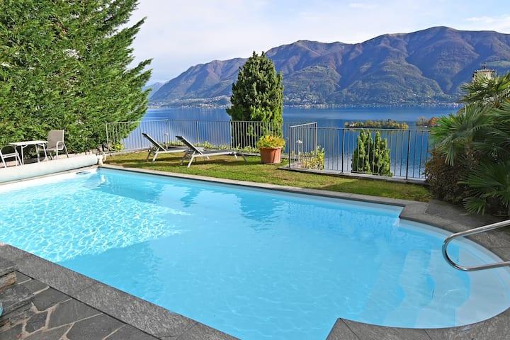 Casa Ariane mit Seeblick, Lago Maggiore, Tessin