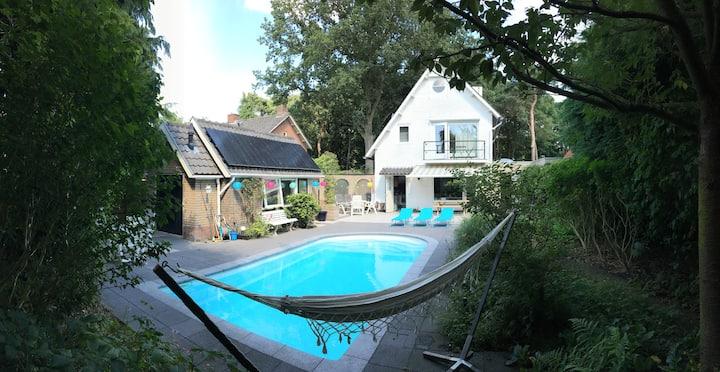 Familie Villa met privé zwembad