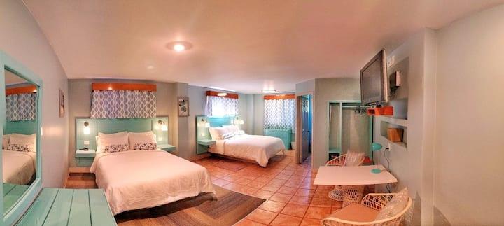 Hummingbird Suites Maya Beach Comfort Queen Room 9