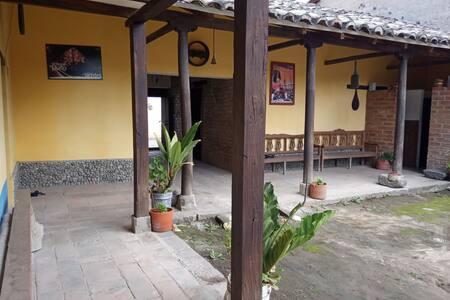Casa  ILLARI - Turismo  Rural