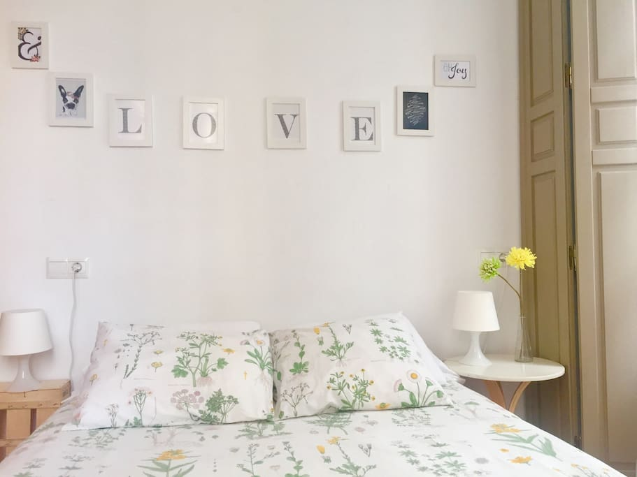 Cozy apartment in historic city center apartments for for Beds 4 u malaga