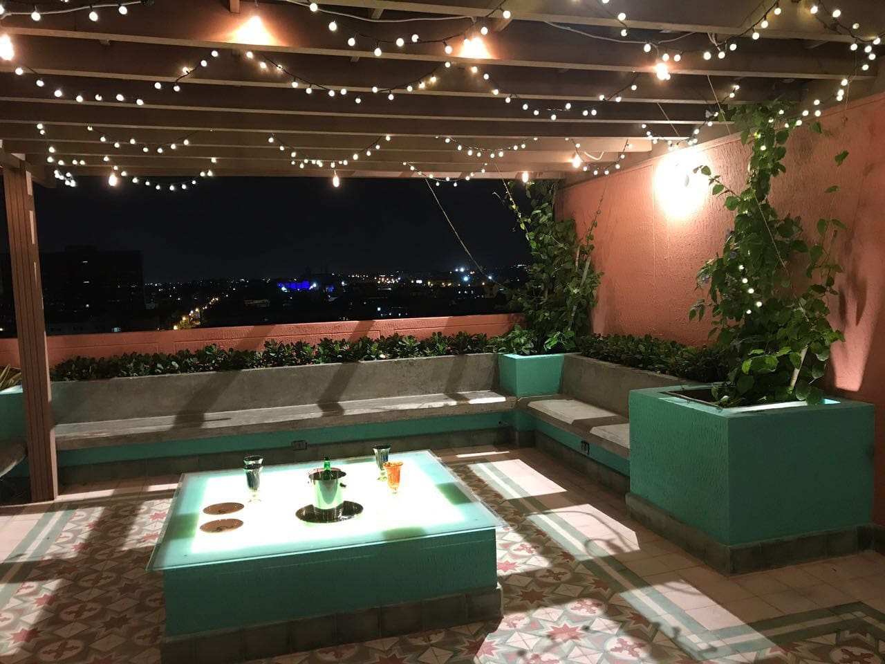 Terraza comunal para noches inolvidables