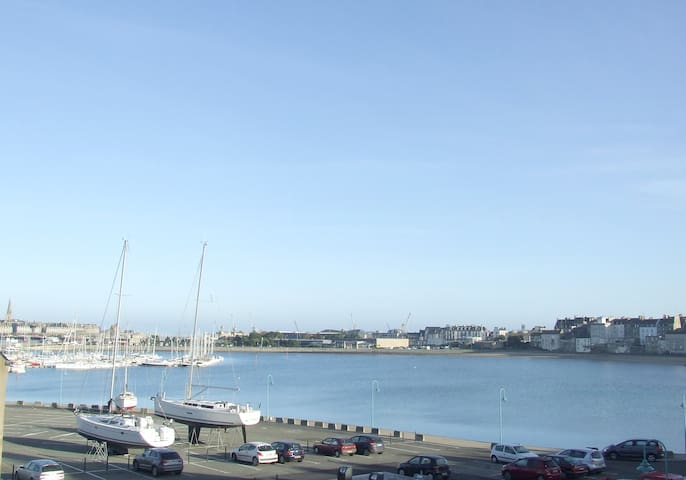 Nice apartment  near the beach - Saint-Malo - Apartment
