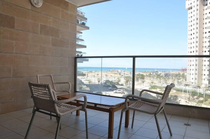 Большая квартира с балконом у моря. - Rishon LeTsiyon - Apartment
