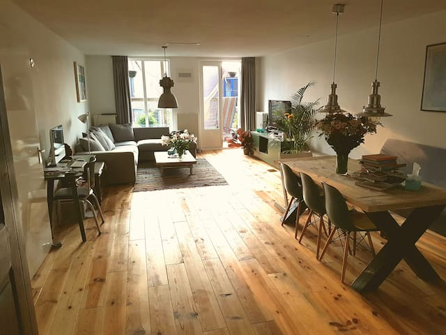 Very spacious apartment in Amsterdam East - Amsterdam - Apartment