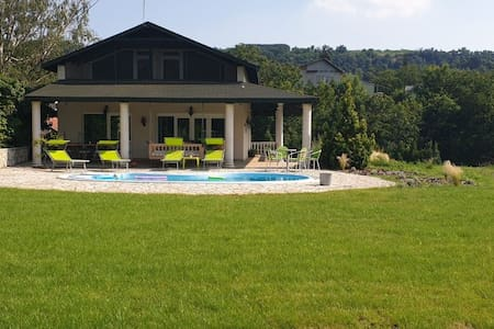 Luxury Riverside Villa Lily with own swimming pool