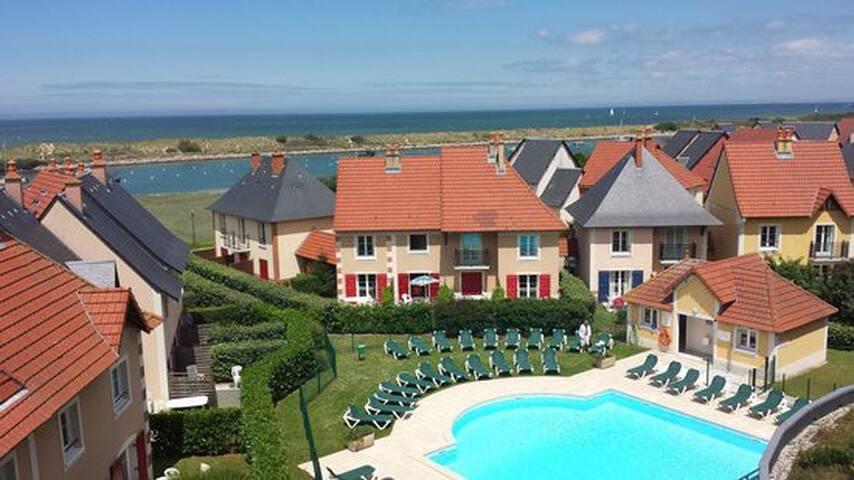 Cottage 4 pers - jardin - 2 piscines - 300 m plage