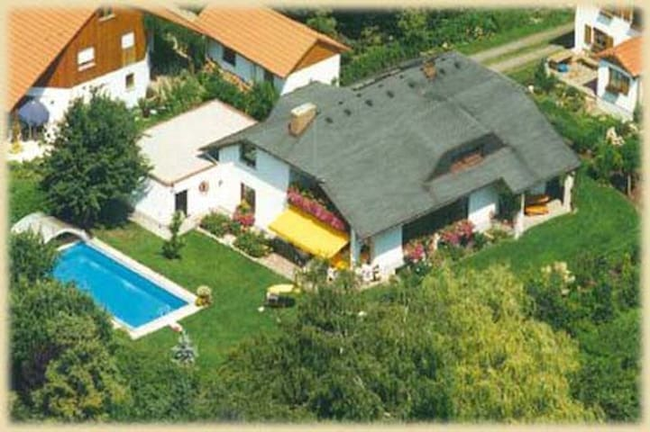 Gemütliches Gästehaus in Puchheim - Puchheim - Guesthouse