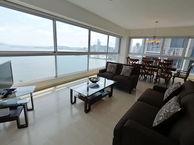 PANAMA CITY AVE. BALBOA 1 BDRM OCEAN VIEW