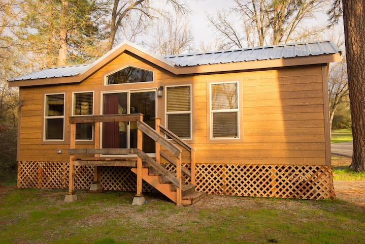 New Yosemite Wood Cabin 7 Cottages For Rent In Ahwahnee