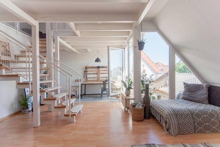 Privatzimmer in Dachgeschosswohnung NORDSTADT
