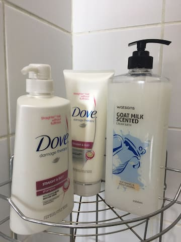shampoo, conditioner and body wash provided