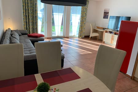 """Apartment """"MS Bernstein"""" (75m²) im Ferienpark"""