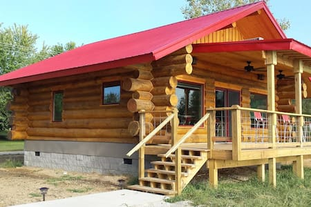 "BIG TIMBER RIVER CABINS ""The Eagle's Nest"" - Leavenworth - Skáli"