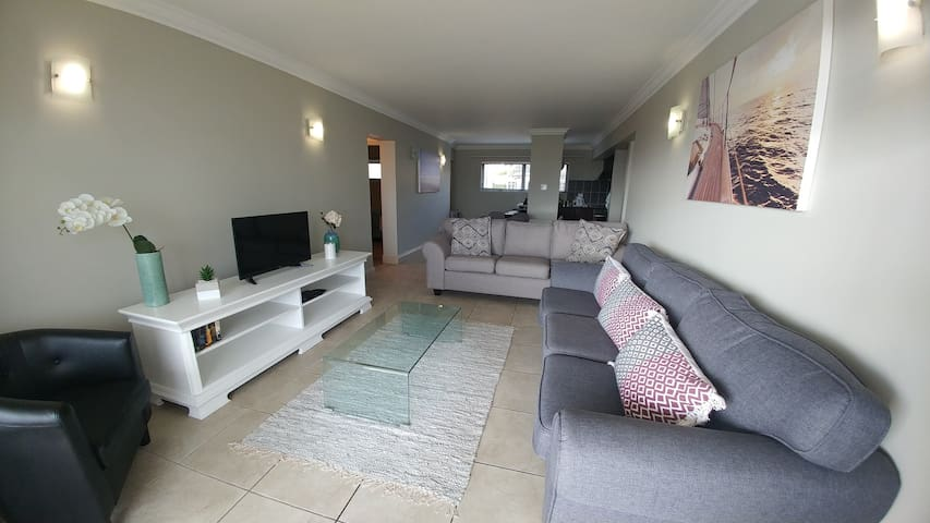 Aquarella Apartment - Plettenberg Bay