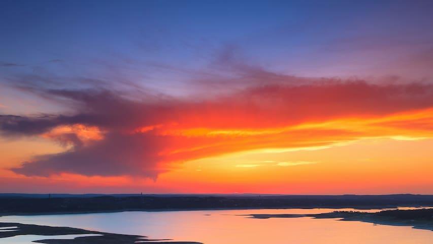 romantic sunsets overlooking Lake Travis