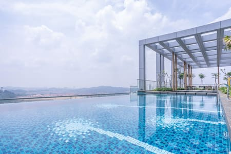 Rev.O 1BR Stay w/ Infinity Pool, Bukit Jalil