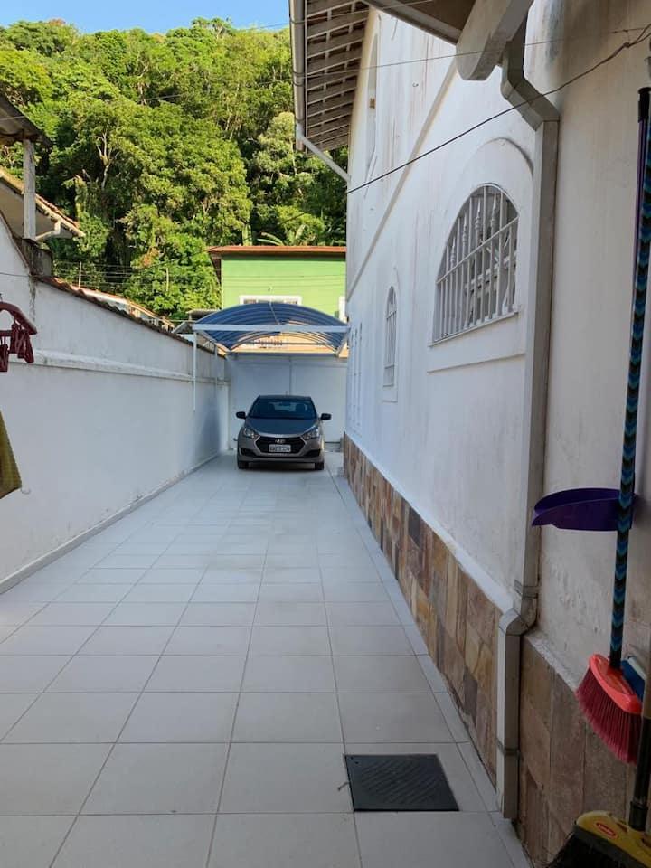 Casa de Praia Guaiuba/GRJÁ confortável e arejada