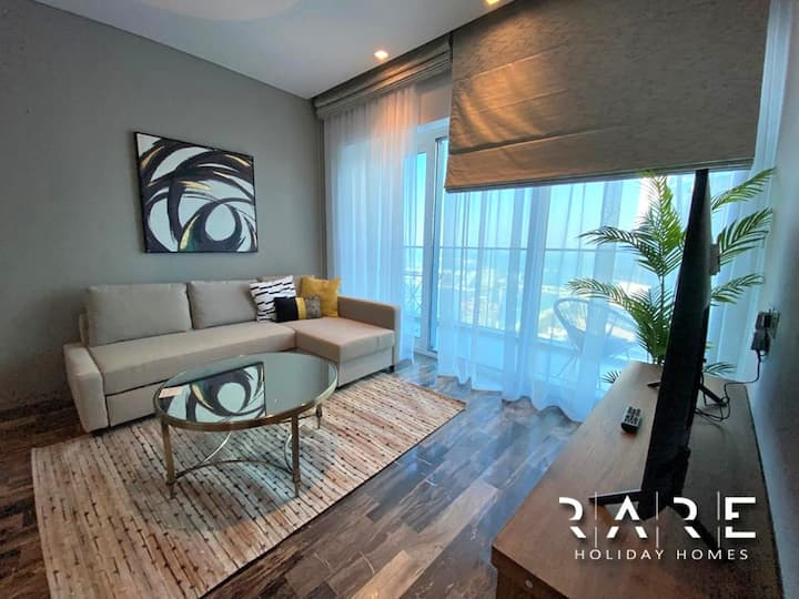 Luxurious 1 Bedroom with World-class Amenities