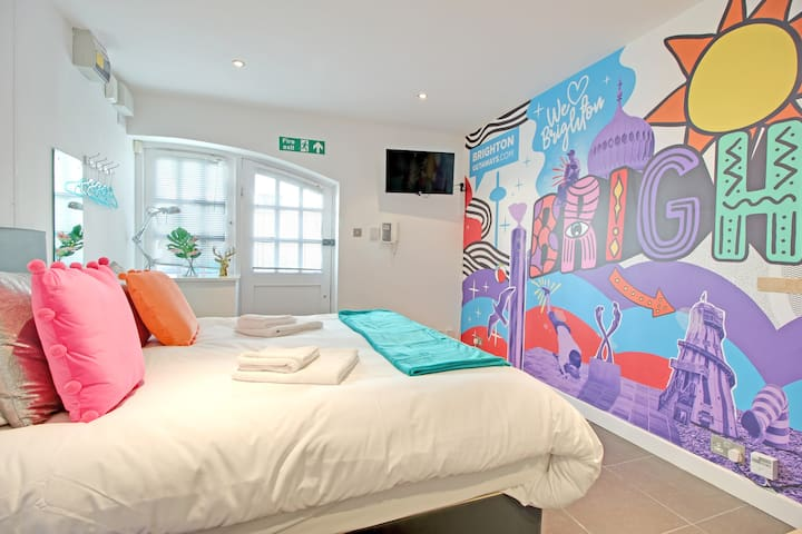Artist Studio - Super Central Brighton - Sleeps 2/3 guests - Free Wifi