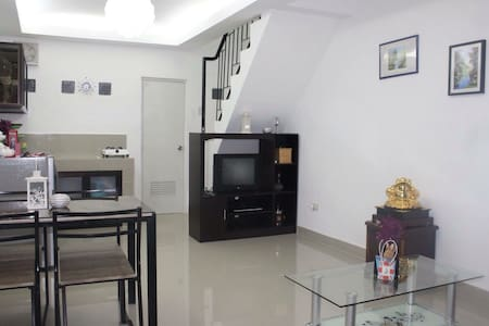 Holiday House - White Beach - Townhouse