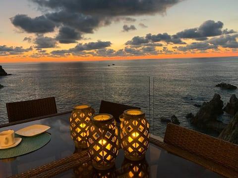 Casi el Cielo, romántica suite con vista al mar.