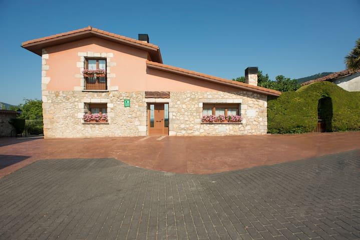 Casa rural Legaire Etxea - Ibarguren - Huis