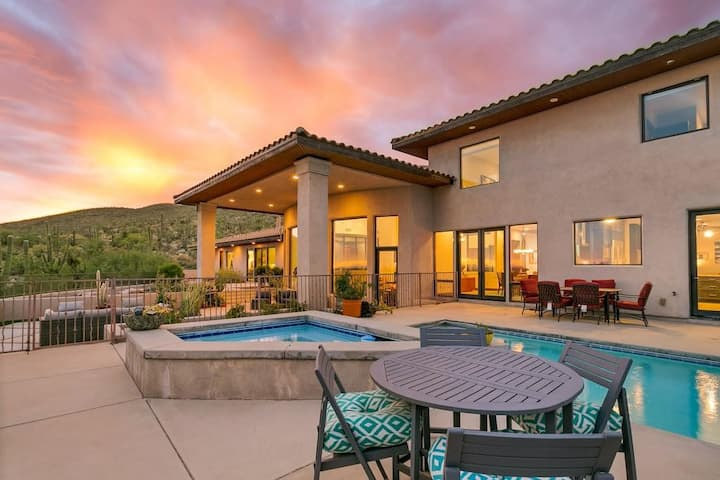 MAGNIFICENT MOUNTAINSIDE ESTATE W/ STUNNING VIEWS!