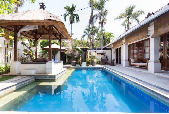 3 Bedroom Oasis Villa in Seminyak
