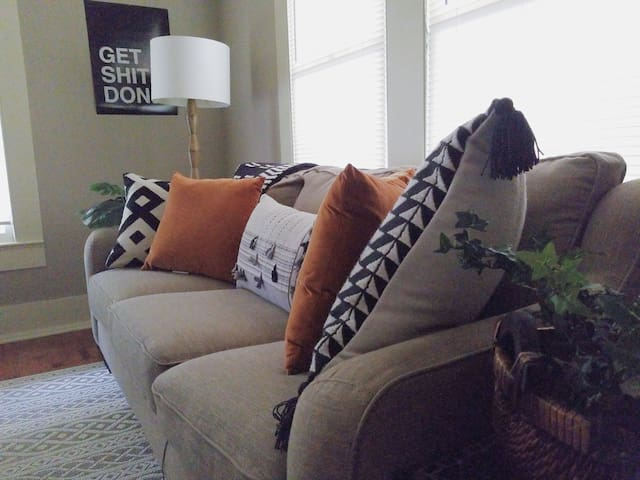 Earthy Moroccan Home Downtown